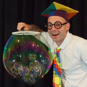 The Scientific Bubble Show - ADLfringe - The Clothesline