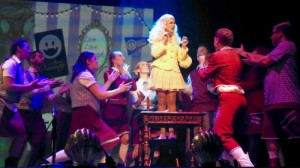 Glinda & Wicked Cast - MBM - The Clothesline